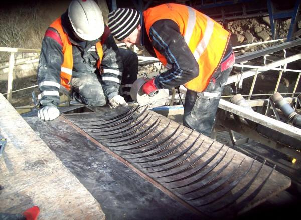conveyor belt fastening